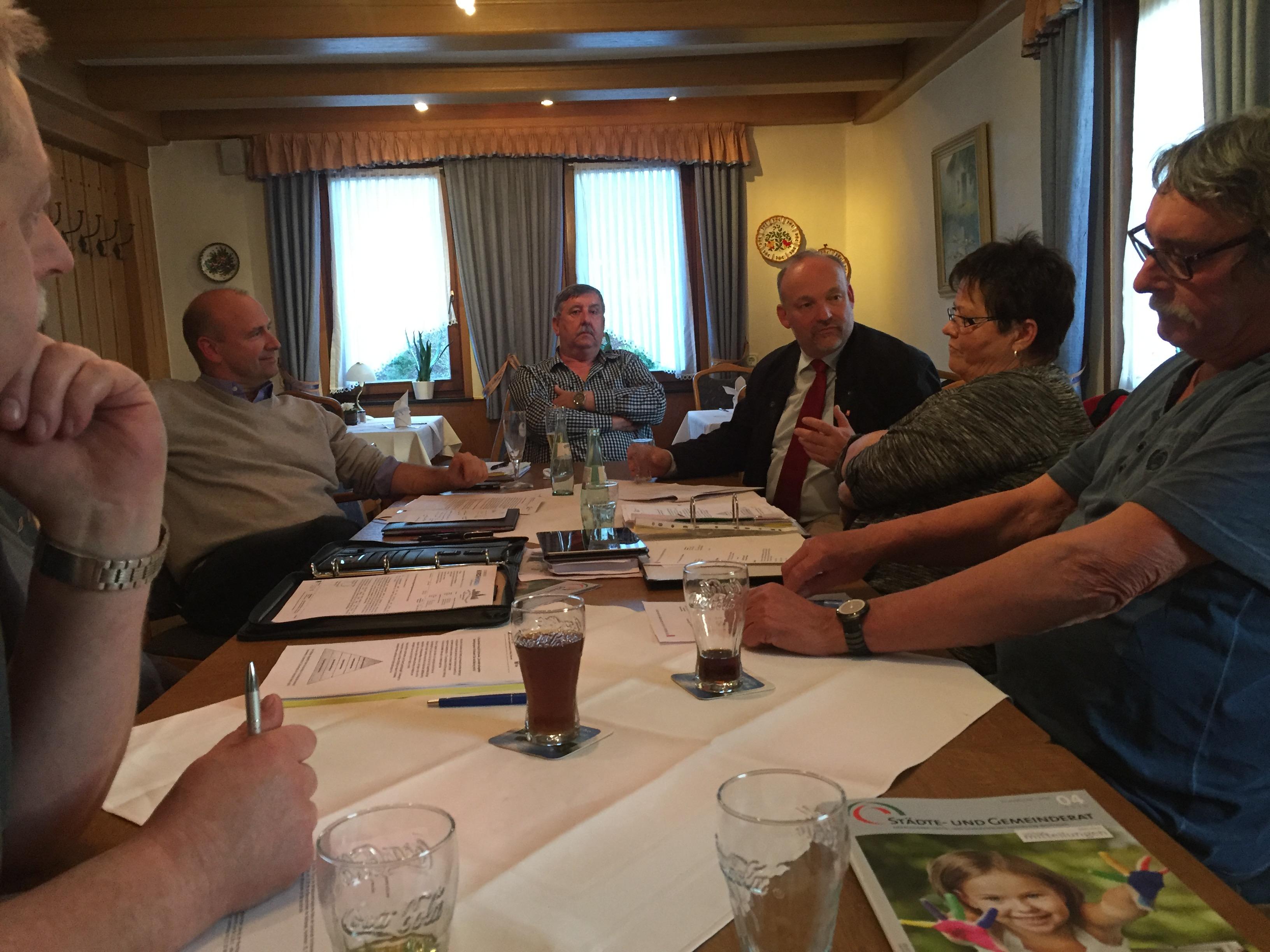 SPD Fraktion im Gespräch mit Caritas Geschäftsführer Christoph Becker